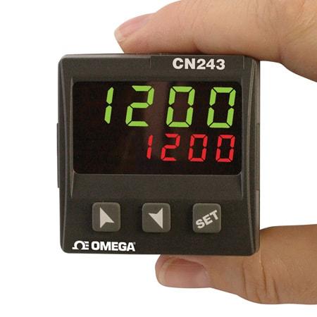 1/16 DIN Temperature Process Controller Including Thermistor Inputs