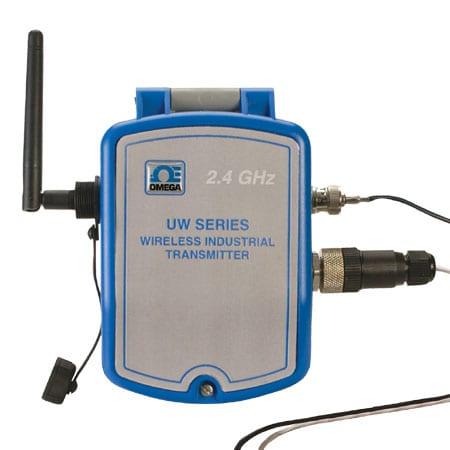 UW Series Wireless NEMA 4X pH Transmitter with RTD Compensation