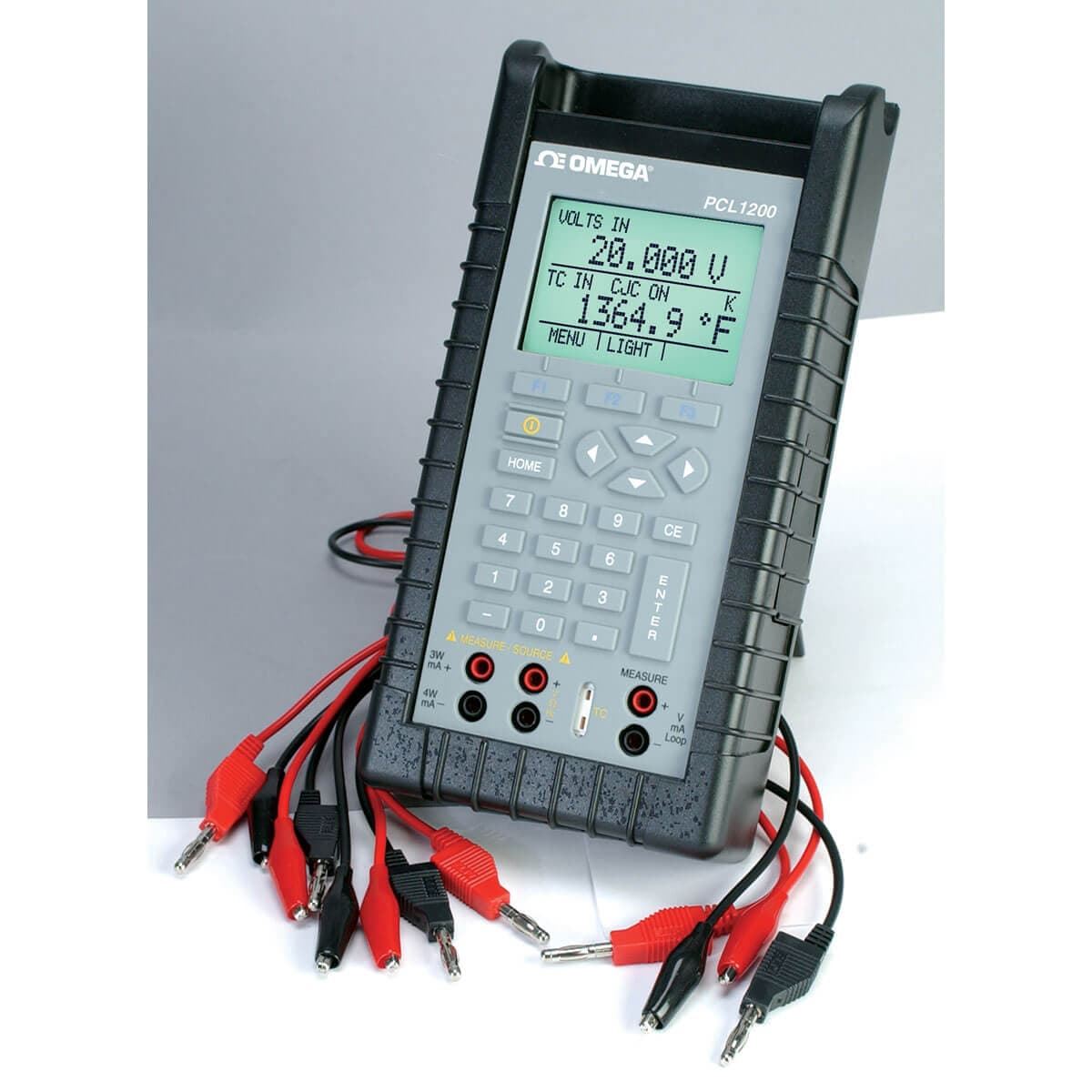High Accuracy Multifunction Calibrator with readback Isolation