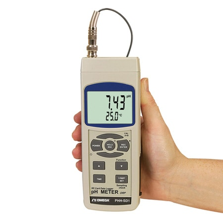 pH/ORP Meter with Real-Time Data Logger